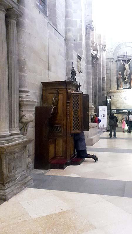 Santiago de Compostela ... wenn´s hilft ;-)