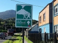Fluchtweg-Straßenschilder in Chaiten