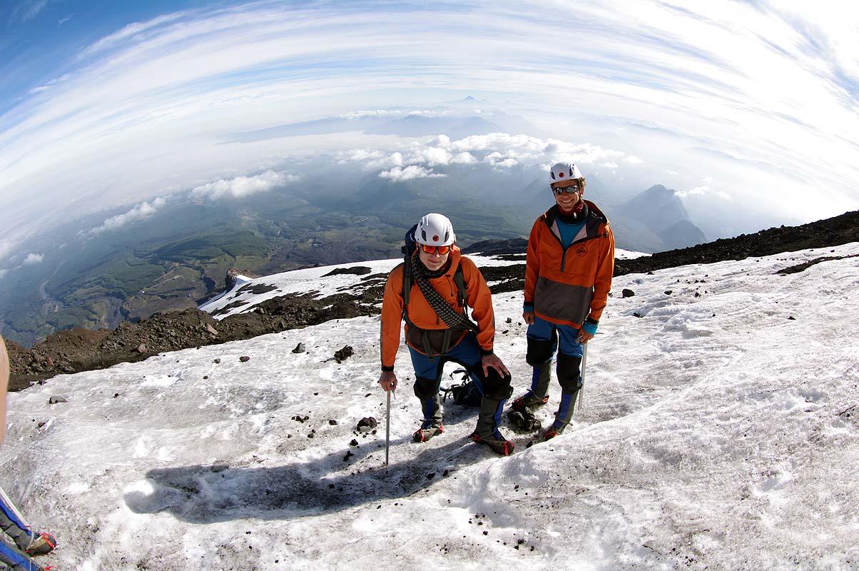 Tim & Stephan beim Aufstieg auf Vulkan Villarrica