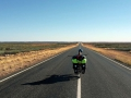 Das gewohnt endlose Panorama auf dem Stuart Highway