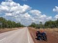 Endloses geradeaus fahren auf dem Stuart Highway