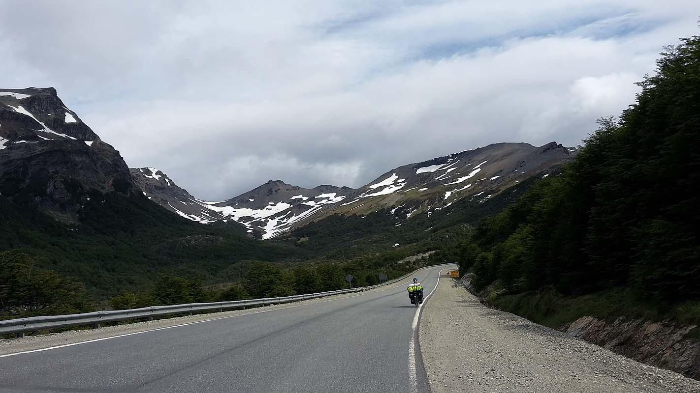 Über die Berge nach Ushuaia