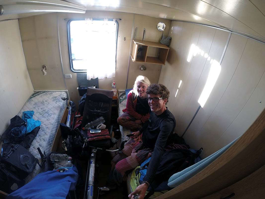 Schlafzimmer im Bauwagen in Tapi Aike